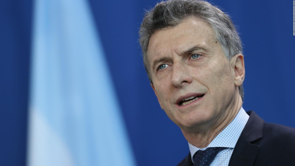 Macri asks for explanations for quarantine and vaccines