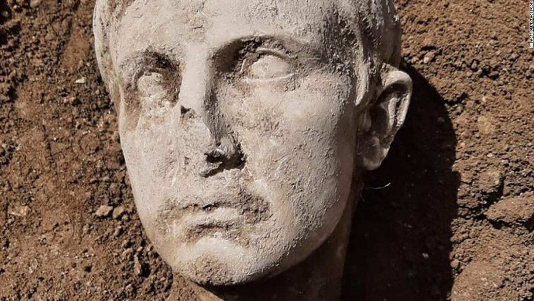 augusto mármol