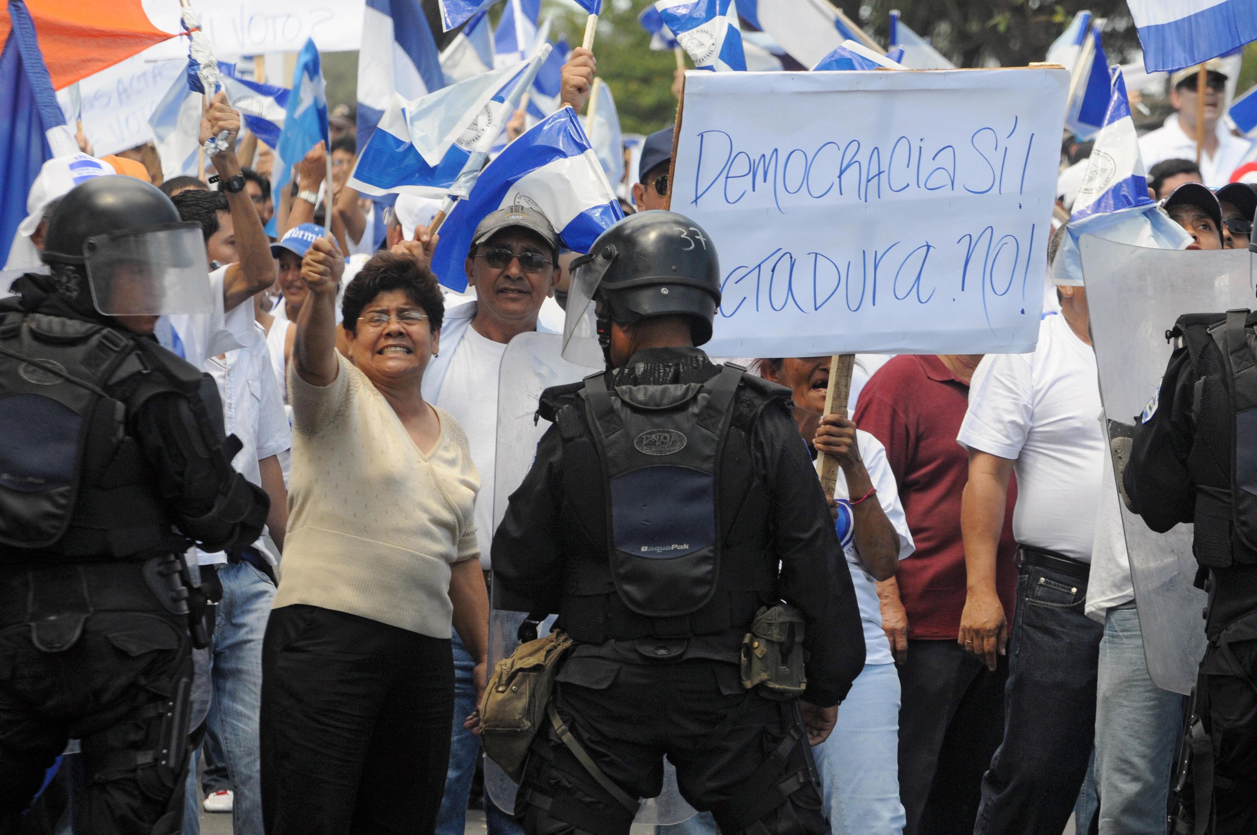 ANÁLISIS | Los factores que debilitan la democracia en varios países de Latinoamérica