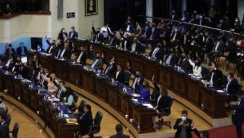 Destituciones en El Salvador