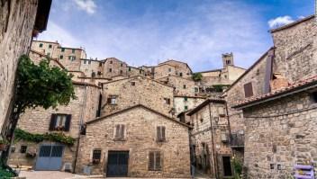 Estas hermosas ciudades italianas te pagarán por trabajar de forma remota