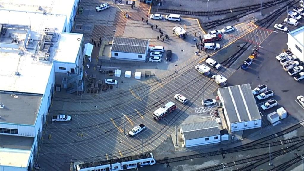 Esto es lo que sabemos sobre el tiroteo en instalación ferroviaria de San José, California