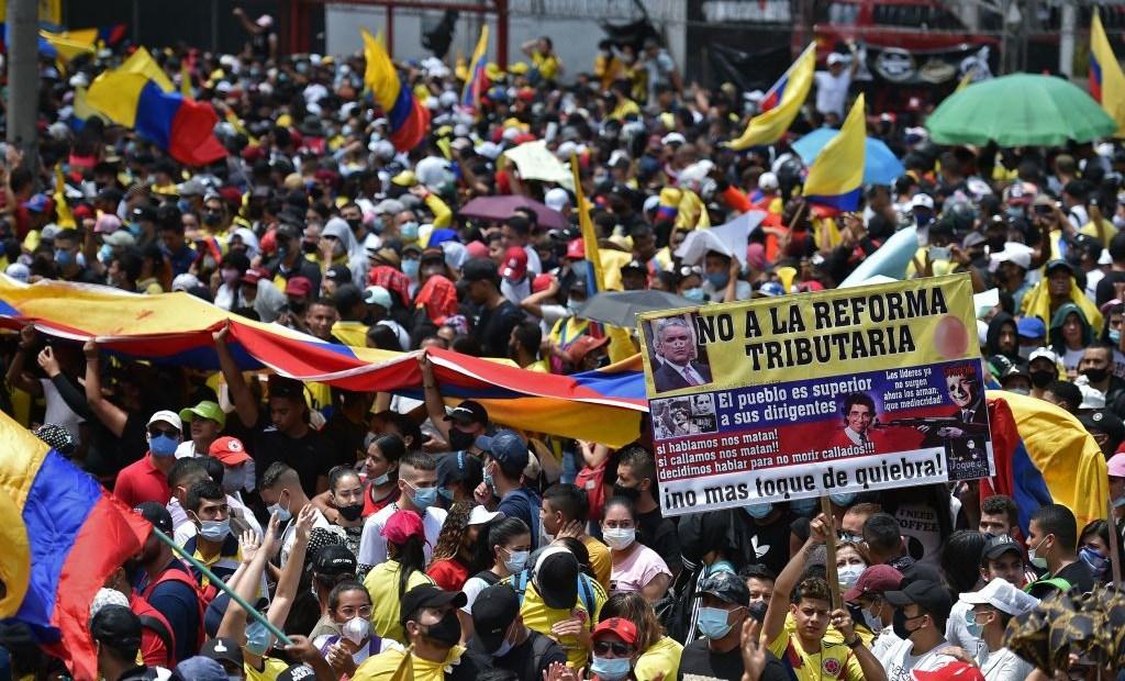 manifestación contra reforma tributaria