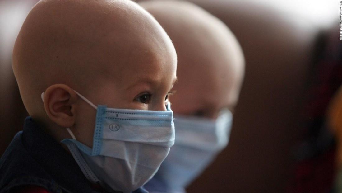 """""""Quimioterapias"""", piden varios padres de niños con cáncer"""