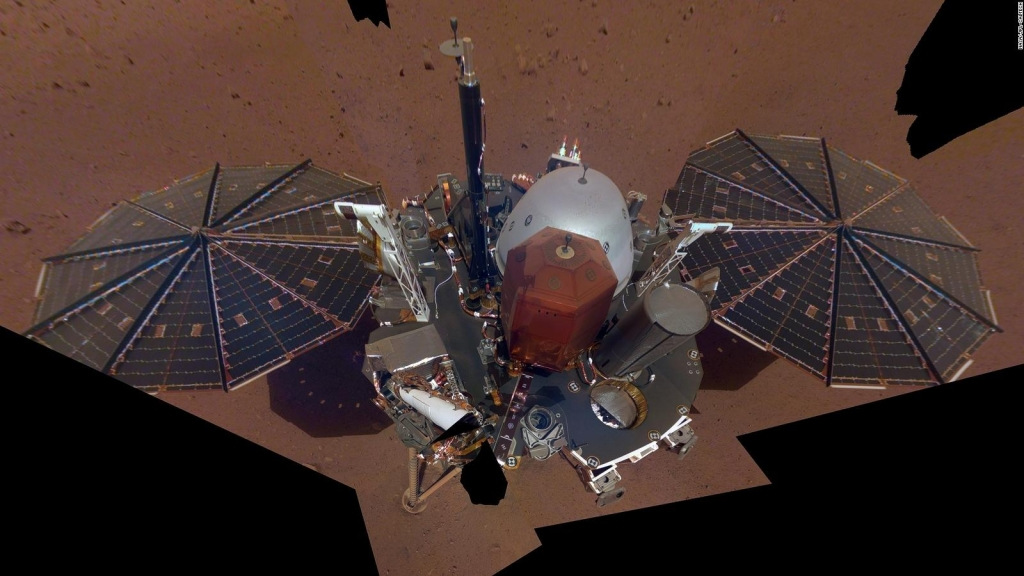 This is how the InSight mission gets rid of the Martian dust