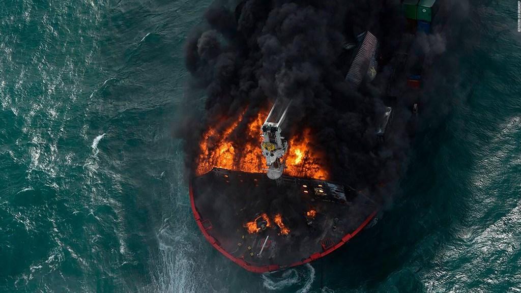 Sri Lanka: buscan fugas de petróleo en buque de carga