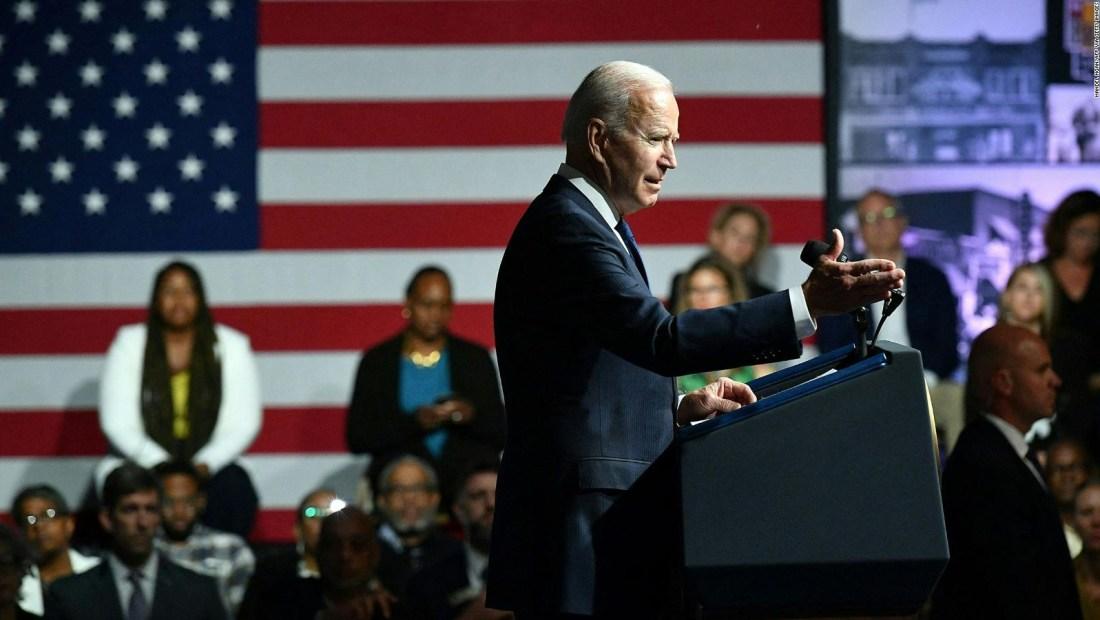 Biden anuncia en Tulsa ayudas para las minorías