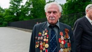 Muere el último soldado sobreviviente de la liberación de Auschwitz