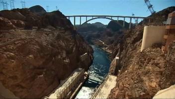 La represa Hoover está en su nivel de agua más bajo