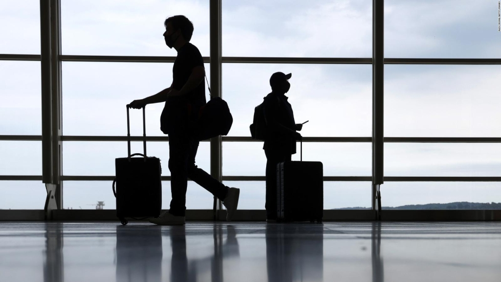CDC issues new travel advice for covid-19