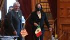 Me Kamuqué, dice AMLO sobre saludo a Kamala Harris