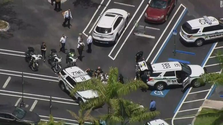 Shooting at a Publix in Florida kills at least Three, including Shooter