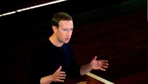 Con este juego se divierte Zuckerberg en su tiempo libre