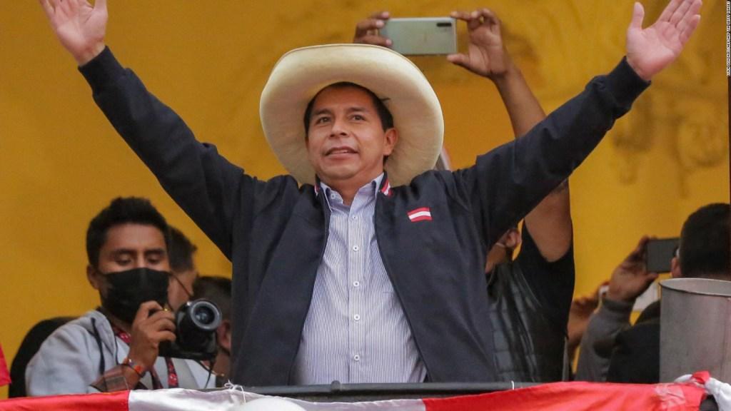 Francke: Perú necesita alguien que represente al pueblo