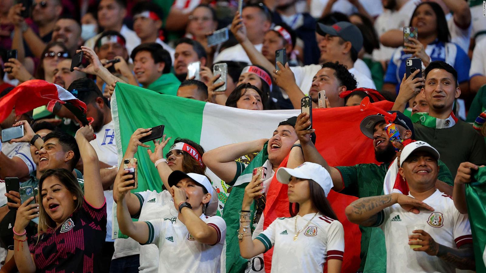 La FIFA multa de nuevo a México por cantos homófobos durante juego amistoso