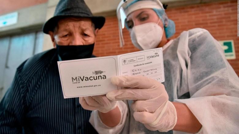 Colombia vive su tercera ola de covid-19, ¿qué pasó?