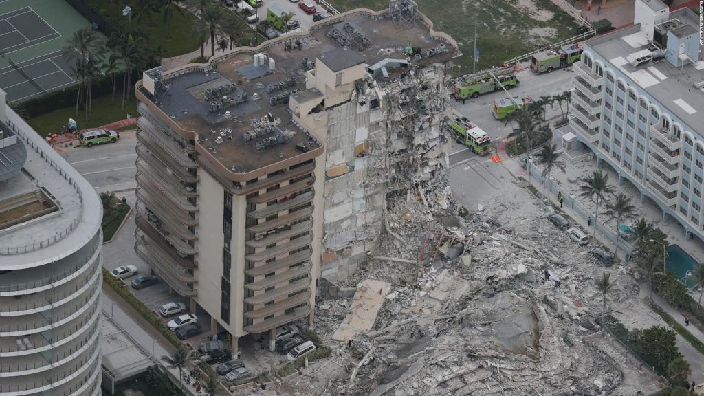 """Sobreviviente del derrumbe: """"No quería salir del edificio"""""""