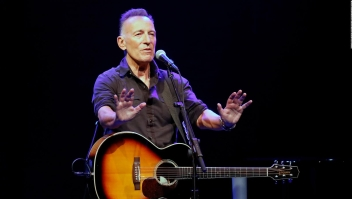 Con aforo completo, Springsteen reabre Broadway