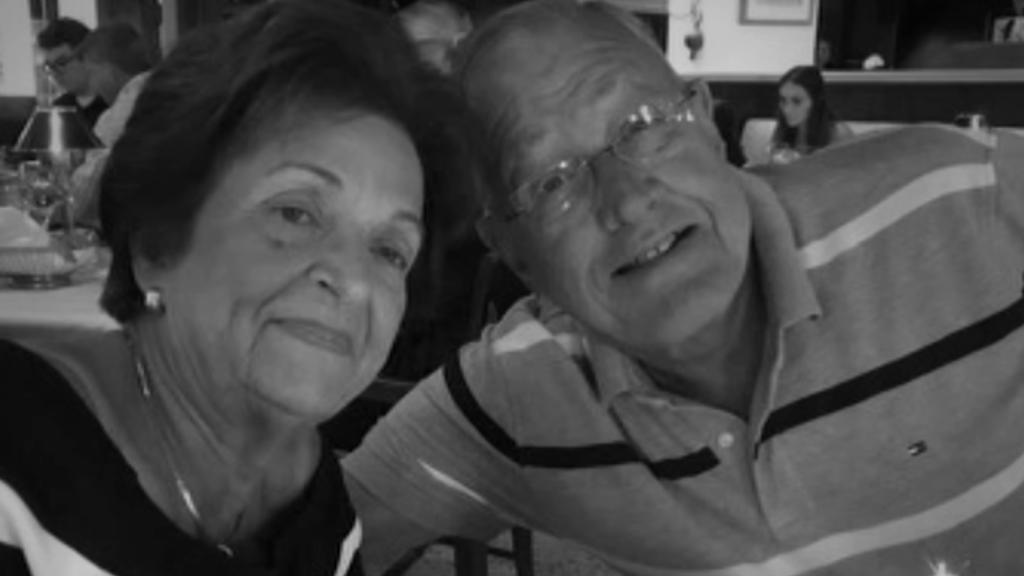 Sus padres murieron en el colapso: Recé para que estuvieran juntos