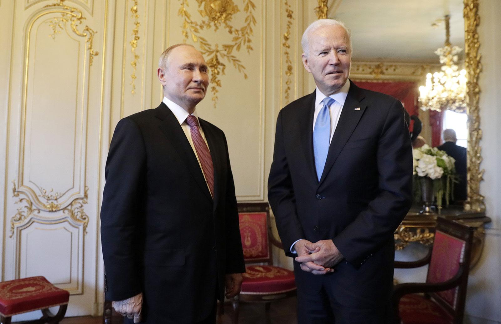 GENEVA, SWITZERLAND JUNE 16, 2021: Russia's President Vladimir Putin (L) and US President Joe Biden meet for talks at the Villa La Grange. Mikhail Metzel/TASS (Photo by Mikhail MetzelTASS via Getty Images)