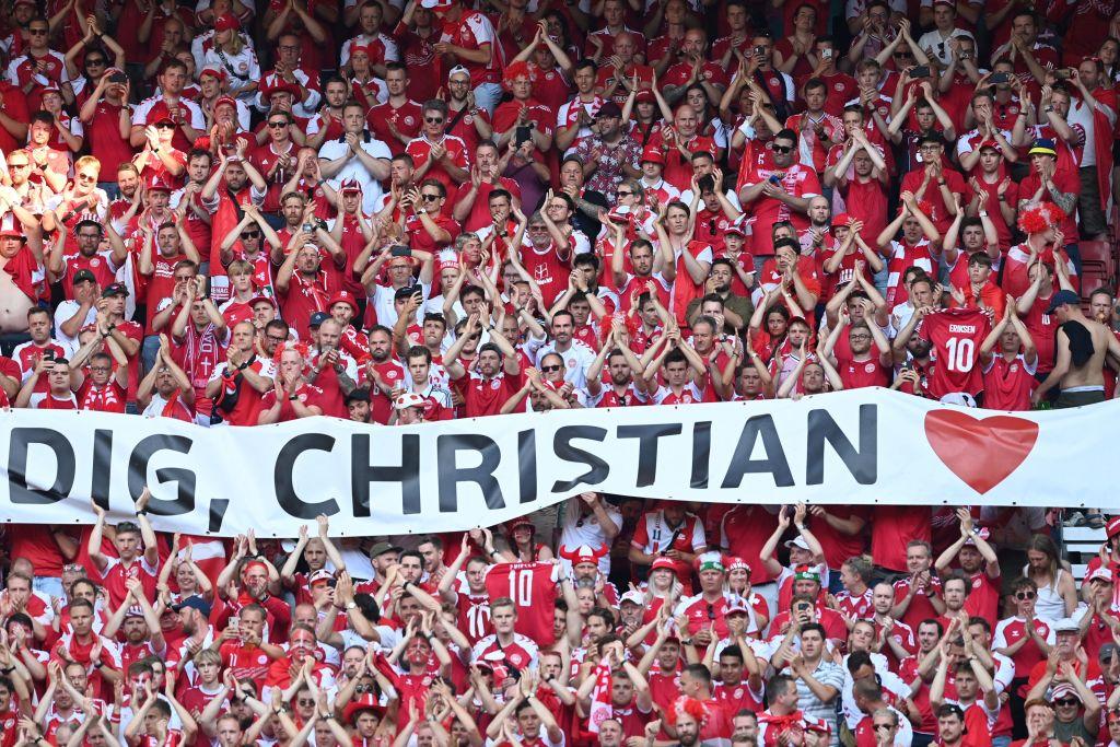Christian Eriksen: Dinamarca, Bélgica y todos en el estadio le rinden homenaje al minuto 10 del partido de Eurocopa