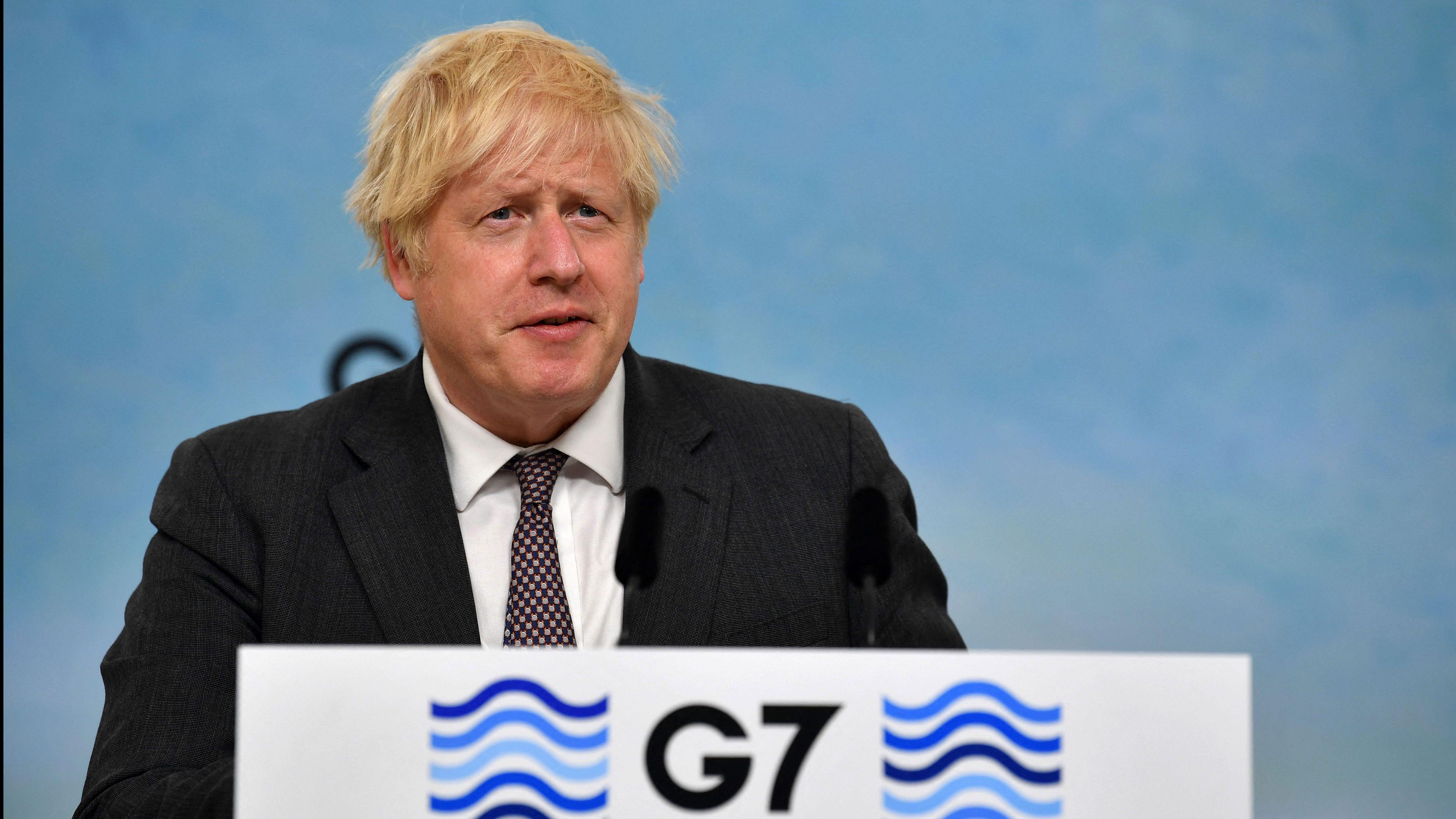 Países del G7 prometen más de 1.000 millones de dosis de vacuna contra el covid-19 para el resto del mundo, dice Boris Johnson