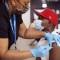 Estados Unidos debe vacunar a la mayor parte del país contra el covid-19 antes del invierno para evitar más variantes, dice un experto