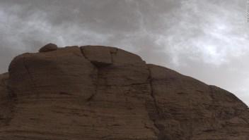 El rover Curiosity es testigo de las coloridas nubes iridiscentes en Marte