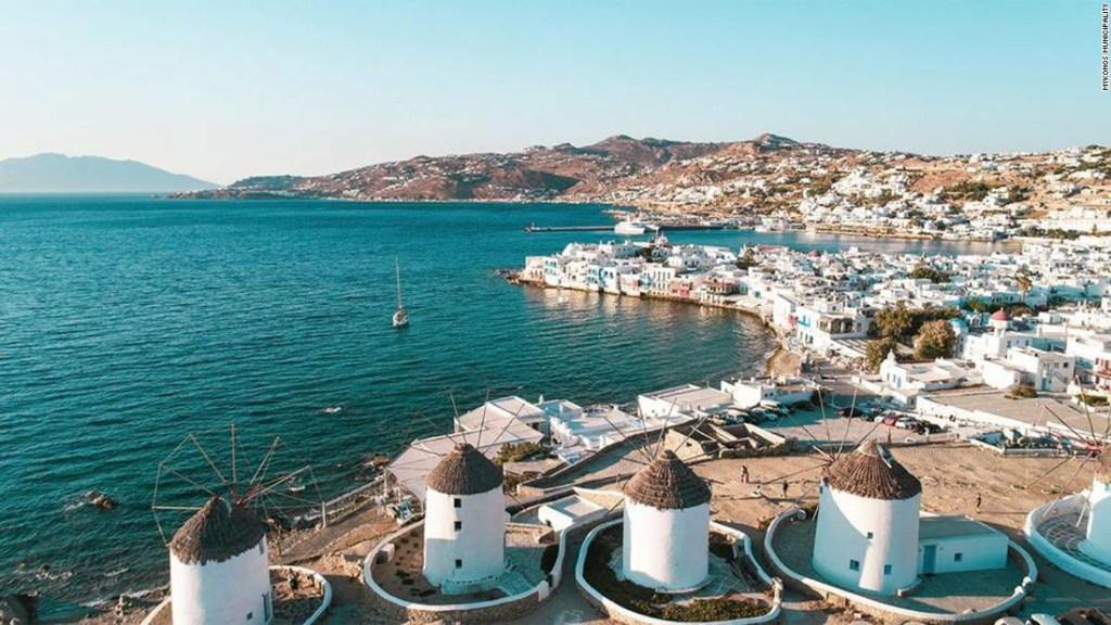 La isla griega Mykonos dice que está lista para la fiesta como antes del covid-19