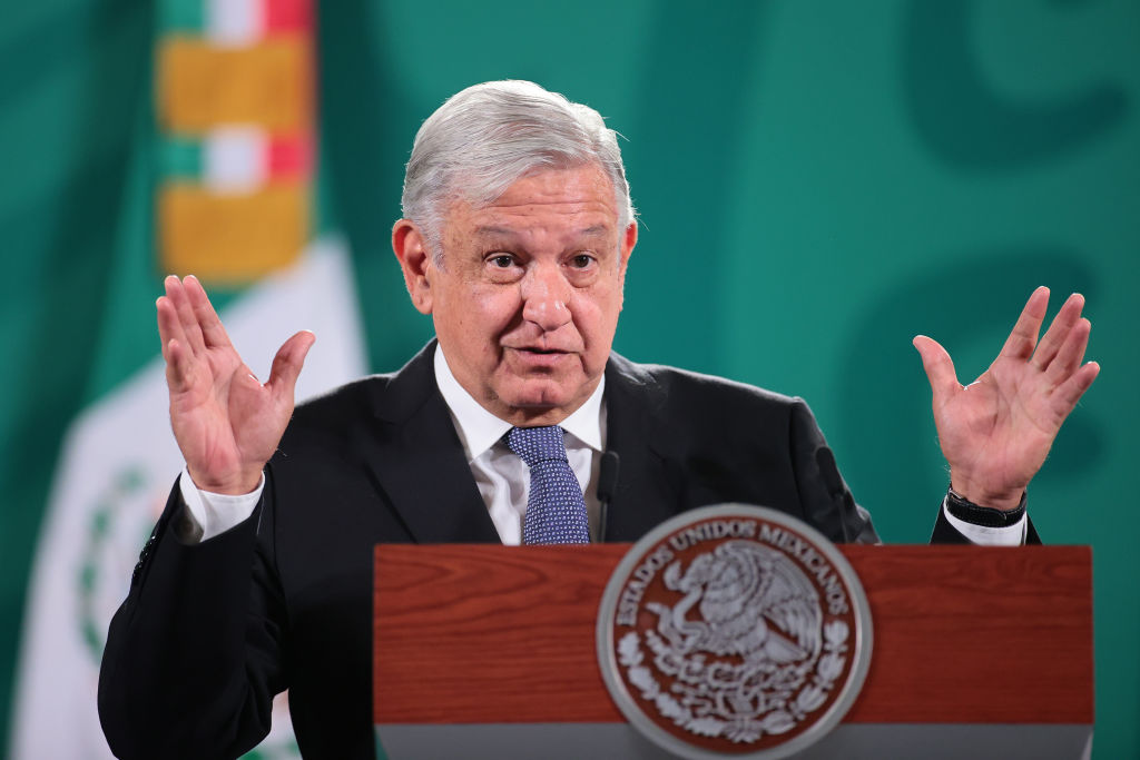 López Obrador reiterates his satisfaction with the victory of Morena in 11 states of the country