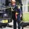 Así trabajan los perros rescatistas para detectar sobrevivientes en el derrumbe de Miami