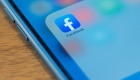 Facebook tests new anti-extremism feature