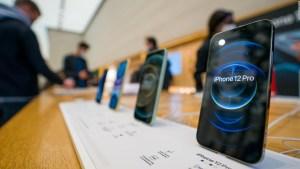 Apple reporta ganancias récord gracias a ventas de iPhone