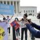 Juez federal bloquea nuevas solicitudes a DACA
