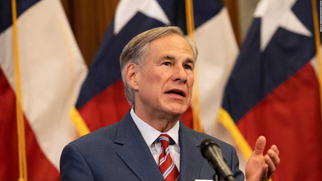 Greg Abbott wants to be a dictator, says representative