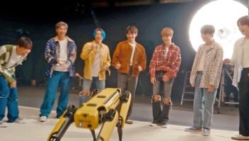 Mira la colaboración entre BTS y un perro robot