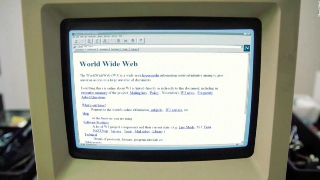 वे वर्ल्ड वाइड वेब से 4 5.4 मिलियन में कोड बेचते हैं