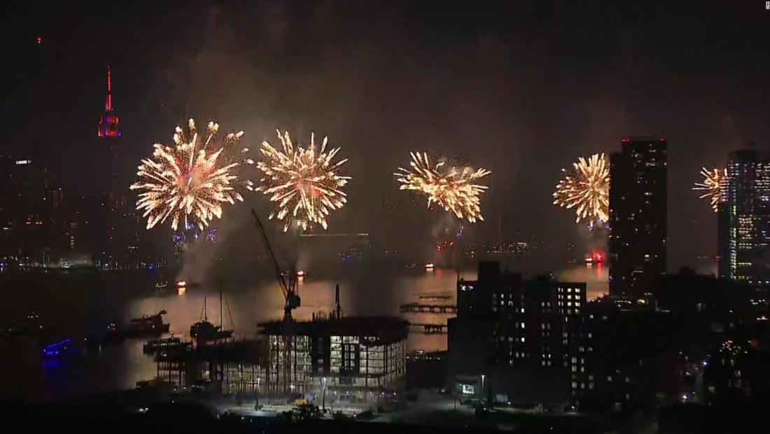 Nueva York iluminó el cielo por el 4 de julio