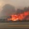 Incendio forestal destruye pueblo en Canadá