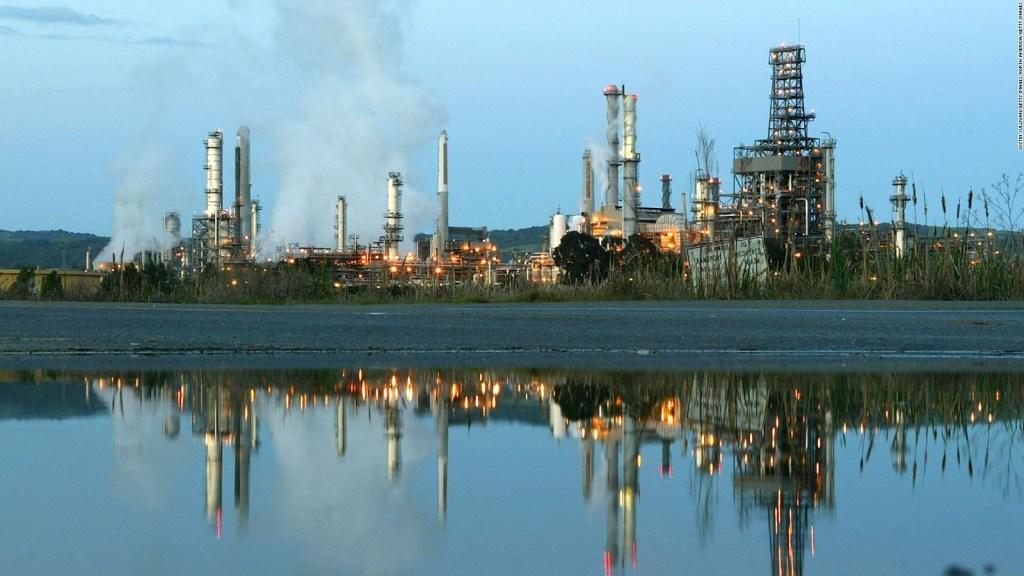 OPEP cancela su reunión y precio del petróleo se dispara