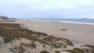 Cierran tramo de playa en Los Ángeles