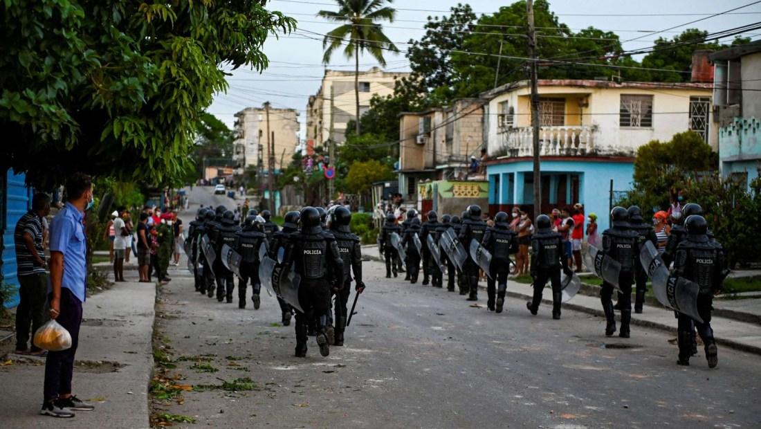 Habría cientos de nombres en lista de detenidos en Cuba