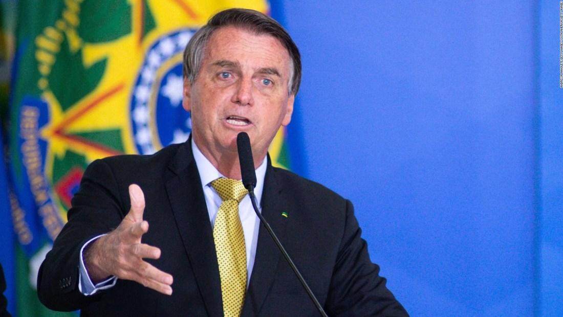 """Bolsonaro describe sistema electoral como """"manipulado"""""""