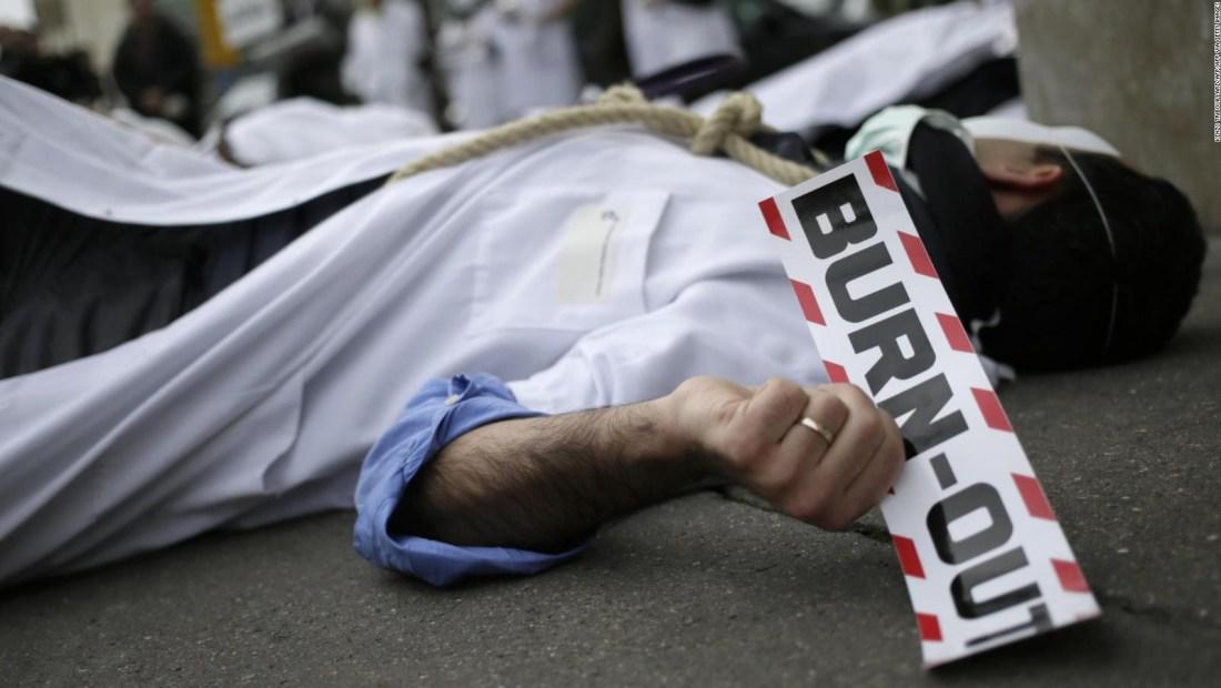 El personal de la salud sufre agotamiento laboral