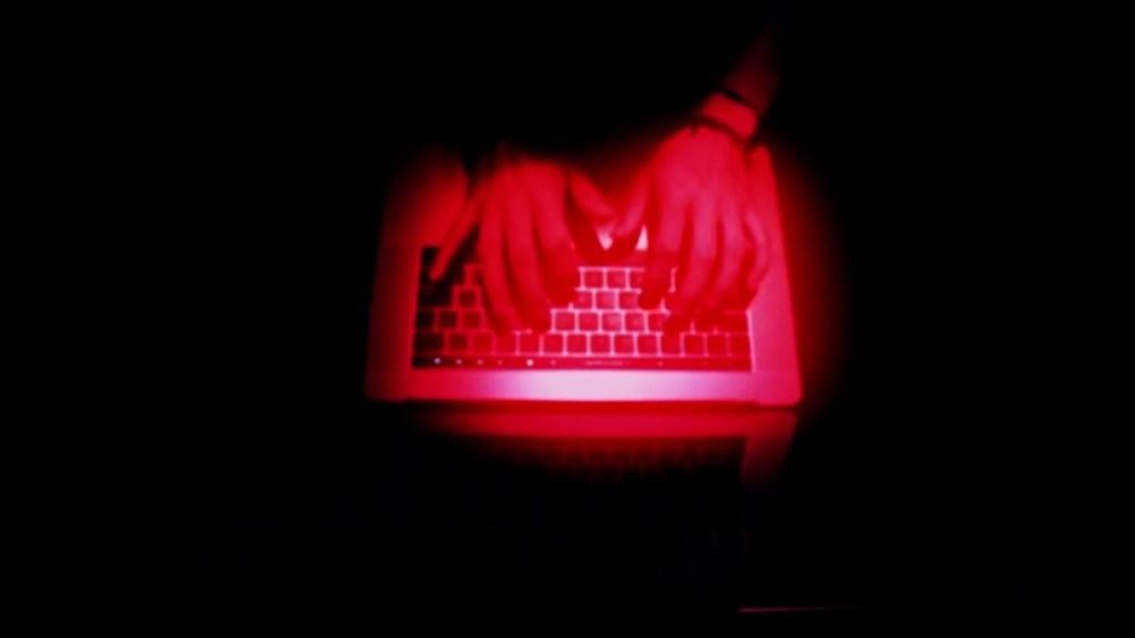 EE.UU. ofrece millonaria recompensa para atrapar hackers