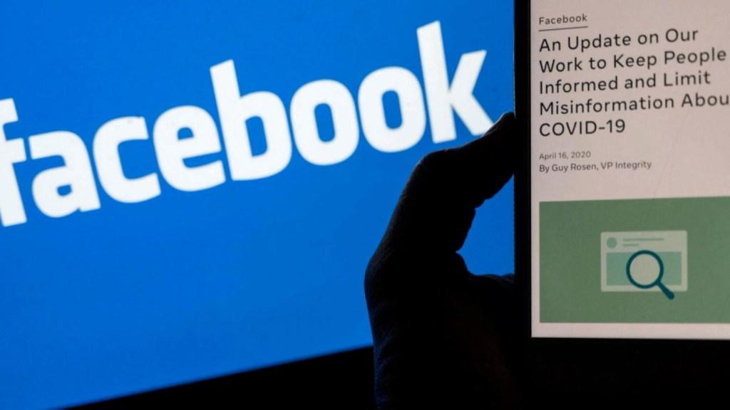 La desinformación en las redes nos está matando, dice Biden