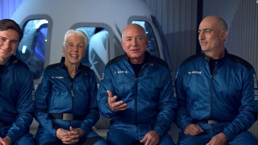 ¿Qué dijo Bezos sobre las críticas a su viaje espacial?