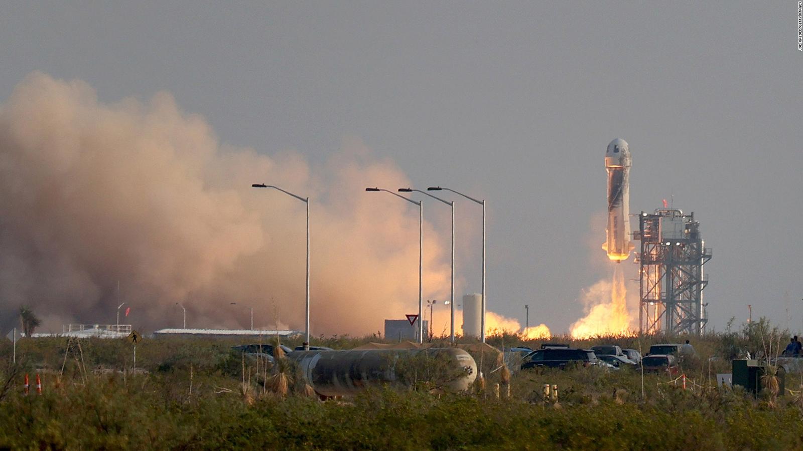 Los boletos de Blue Origin para ir al espacio ya están a la venta, pero no para cualquier persona