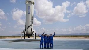 El logro del viaje espacial de Bezos, según exastronauta