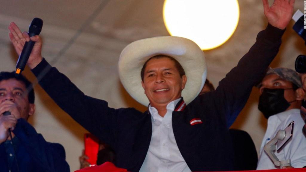 Así se refirió Roncagliolo al triunfo de Castillo en Perú